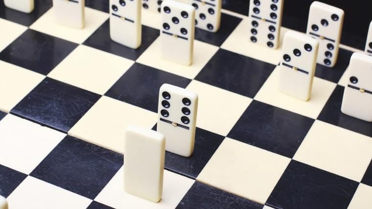 Dominoes facing each other