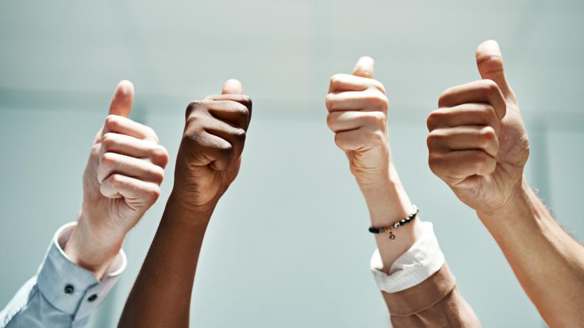 employee experience thumbs up