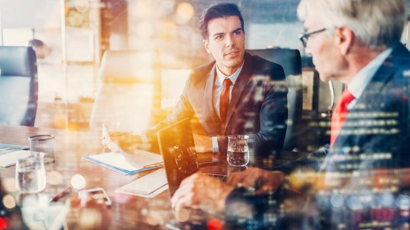 Leadership effectiveness in digital environments