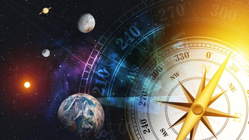 Time travelling among planets