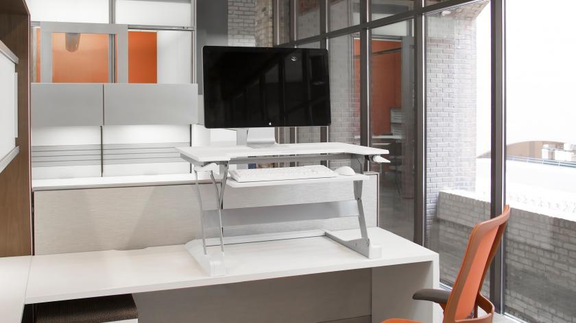 Cube standing desk
