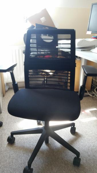 ergonomic offices steelcase think chair review hrzone