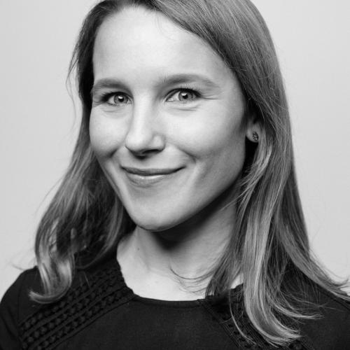 Claire Woolf, a Managing Editor at Sparqa Legal