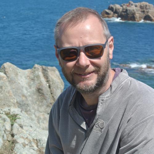 Professor Kevin Daniels